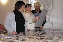 Po dlouhých třiadvaceti letech o víkendu v Rohli vystavili všechny česky psané obecní kroniky.