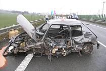 Snímky z dopravní nehody, která se stala 11. prosince na obchvatu Rájce