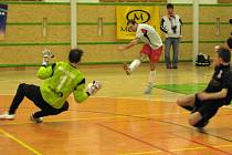 V prvním utkání čtvrtfinálové série zvítězili hráči Jistebníků.