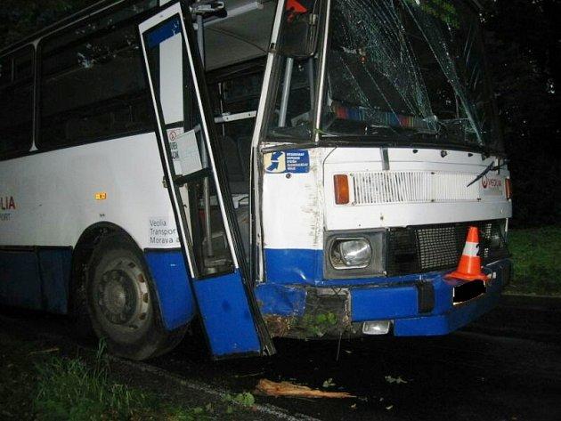 Nehoda autobusu u Písečné na Jesenicku.