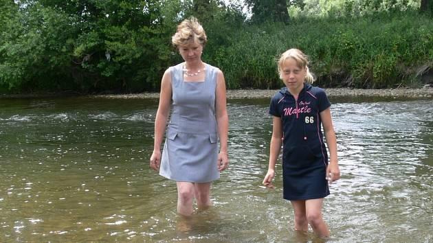 Kristýnka Balcárková se svou maminkou.