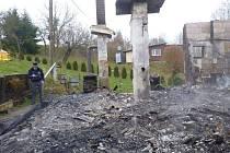 Rekreační chata v Lošticích po požáru