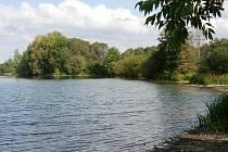Současná přírodní rezervace Moravičanské jezero má 92 hektarů