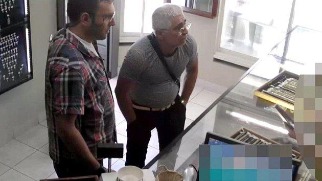 Krádež řetízků v Zábřehu a Uničově