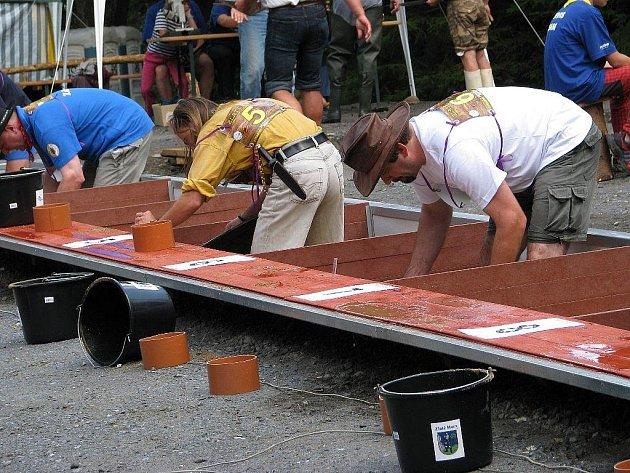 Ve Zlatých Horách o víkendu rýžovali zlato, šlo o národní šampionát