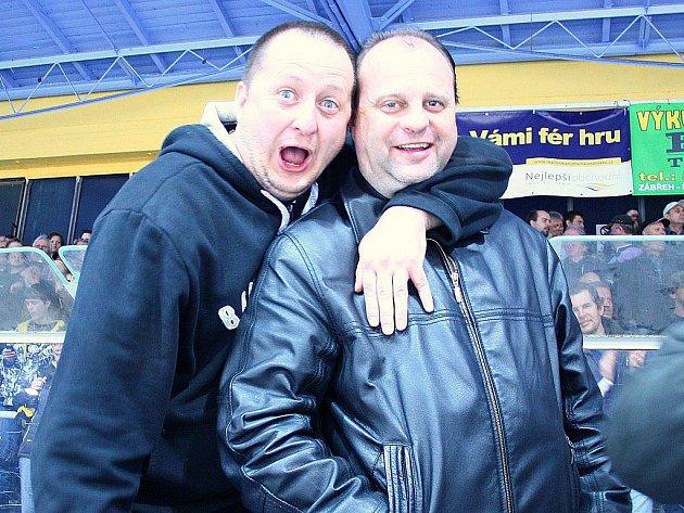Kamil Kašťák (vpravo) během utkání Draků s Mostem