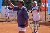 Josef Náhlovský a Helena Vondráčková na jednom z minulých ročníků turnaje Pro Kennex
