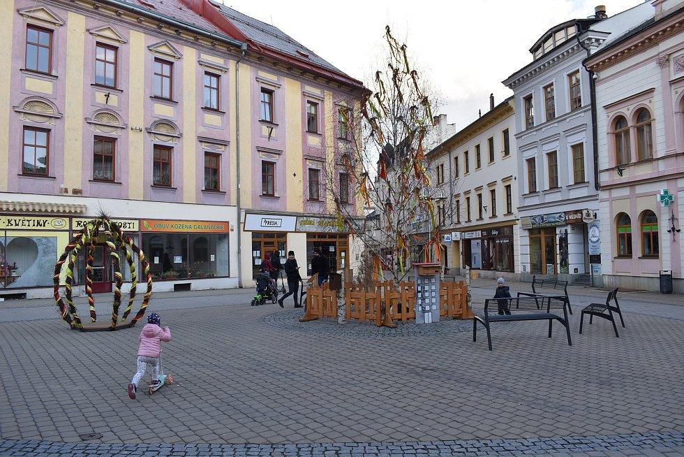 Velikonoční výzdoba v Šumperku.