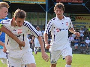 Fotbalisté Mohelnice (v bílém).Ilustrační foto