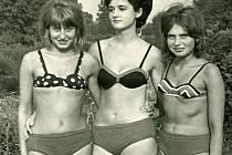 Šumperské muzeum hledá pro připravovanou výstavu historické plavky či koupací úbory, jako jsou třeba ty na snímku. Lidé mohou nosit i dobové fotografie, které se vztahují k tématu