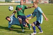 Fotbalisté Zábřehu zdolali na domácí trávě HFK Olomouc (zelené dresy)