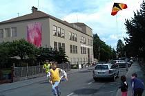 Masarykovu školu v Zábřehu čeká rozsáhlá rekonstrukce. Do roka zcela změní svou podobu. Od příštího školního roku zde najde nové zázemí místní základní umělecká škola.