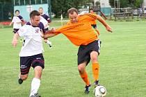 Hněvotín versus Velké Losiny (oranžové dresy).