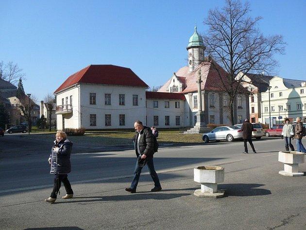 Dolní část náměstí v Javorníku chce město rekonstruovat.