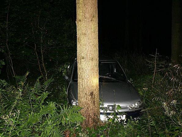 Mladý řidič havaroval v Jeseníku