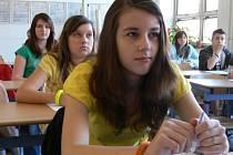 Na šumperském gymnáziu proběhly přijímací zkoušky. Snímky jsou z osmé hodiny ranní
