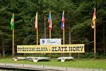 Téměř osmdesát novodobých prospektorů z celého světa se v sobotu 28. srpna zapojilo do soutěže O zlatou pánev starosty města, která se konala ve Zlatých Horách na Jesenicku.