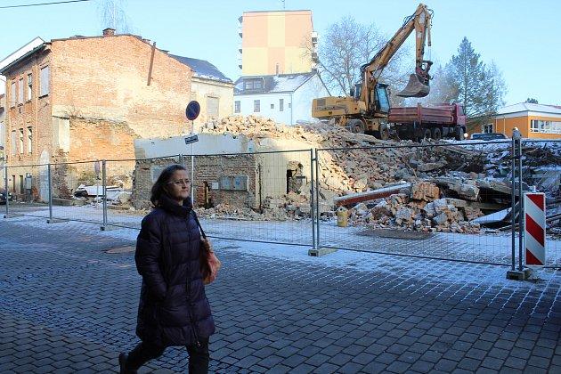 Demolice budov v ulici Generála Svobody v Šumperku
