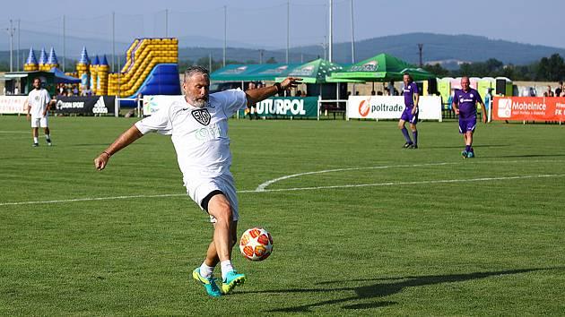 Pavel Hapal v dresu Sigi teamu při oslavách 75 let fotbalu v Mohelnici