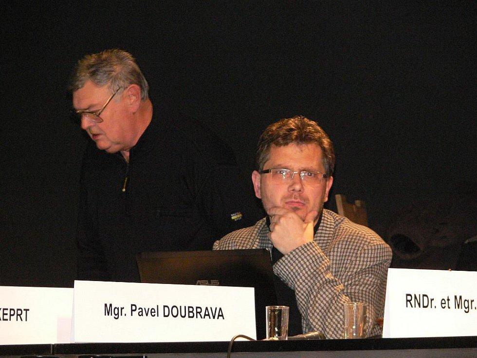 Snímky ze středečního jednání zábřežského zastupitelstva, které mimo jiné zvolilo nového starotu města