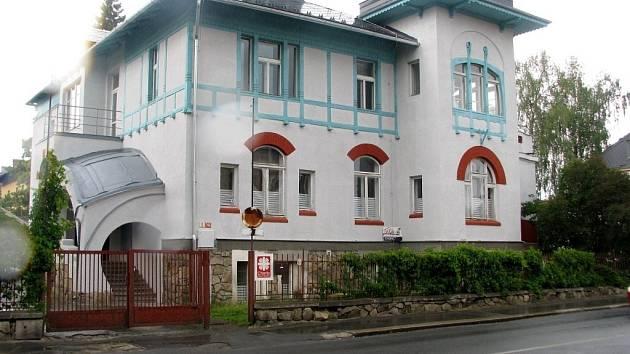 Šumperká charita se přestěhovala do Jeremenkovy ulice.