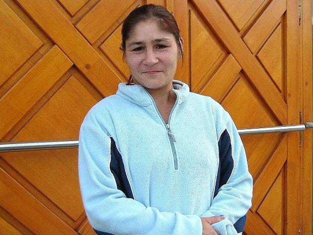 Marcela Kopečková, matka údajně zneužívaných dcer, po výpovědi u soudu