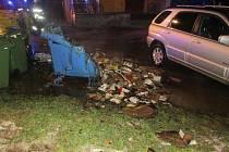 Takto dopadly některé kontejnery po útoku dvojice žhářů na Šumpersku.