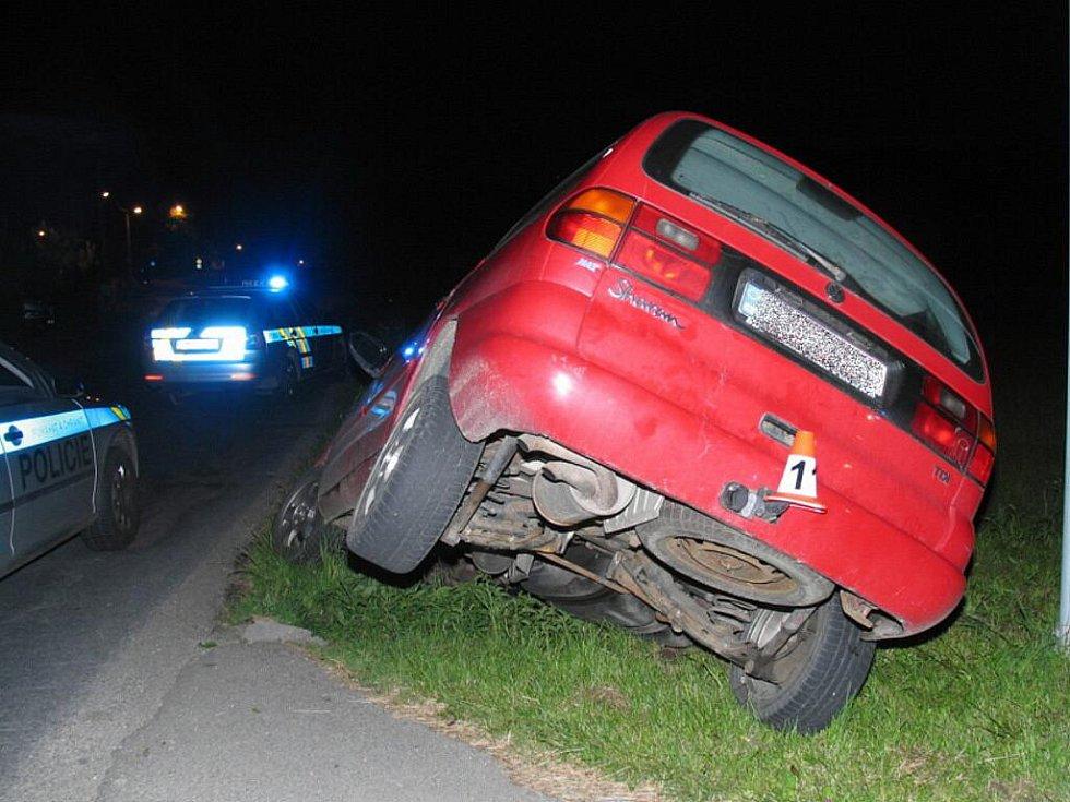 Opilý řidič havaroval ve Vikýřovicích