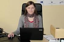 Blanka Poštulková v kanceláři zastoupení Olomouckého kraje na krajském úřadu
