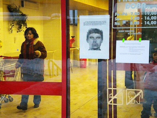 Výzva policie na jednom ze šumperských marketů
