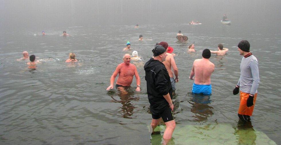 Bozeňovské ledy na přehradě Jahodná v Dolním Bušínově u Zábřehu