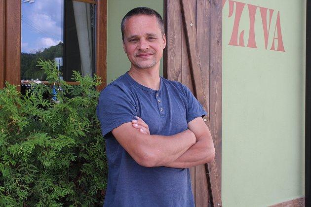 Spoluautor Pišlických hraček Václav Kvapil.