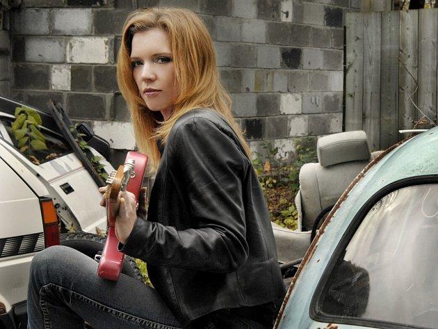 Jedním z lákadel letošního ročníku festivalu Blues Alive je vystoupení držitelky mnoha hudebních cen Sue Foley.