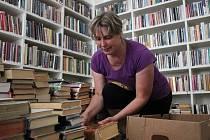 Stěhování jesenické knihovny do nových prostor v Centru společných aktivit