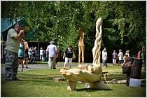 V sobotu 12. září od 12 hodin se v bludovských lázních budou konat Bludovské lázeňské hody a IV. ročník Lázeňského dřevosochání. Na snímku výtvory, které v lázních vznikaly v předchozích letech.