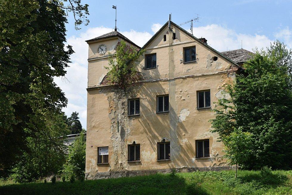 Velké Kunětice - zámek