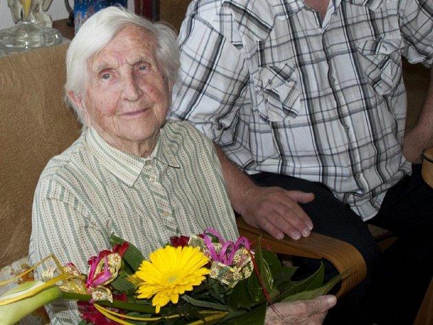 Sto první narozeniny oslavila 2. května Amelie Tyšlicová ze Šumperka.