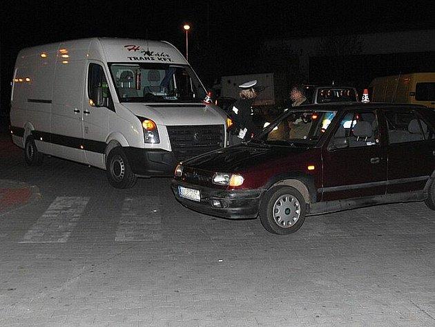 Dopravní nehoda na parkovišti u prodejny Lidl v Zábřehu
