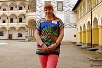 Průvodkyně po zámku ve Velkých Losinách Vendula Švábová.