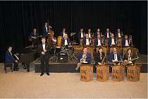 Vydáním nového alba a velkým koncertem s hvězdami jazzu a pop music oslaví čtvrt století své existence zábřežský Moravia Big Band.