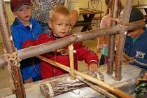 Mohelnické muzeum připravilo svým návštěvníkům pravěký den.