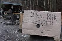 Lesní bar nad Horní Lipovou dočasně zavřel po vyhlášení nouzového stavu
