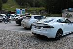 Kouty nad Desnou byly cílem letošního ročníku eJantarové cesty elektromobilů.
