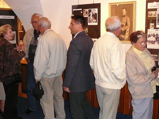 Prostřednictvím výstavy Zábřežáci znovu ožívají osudy obyvatel a významné události v dějinách Zábřehu.