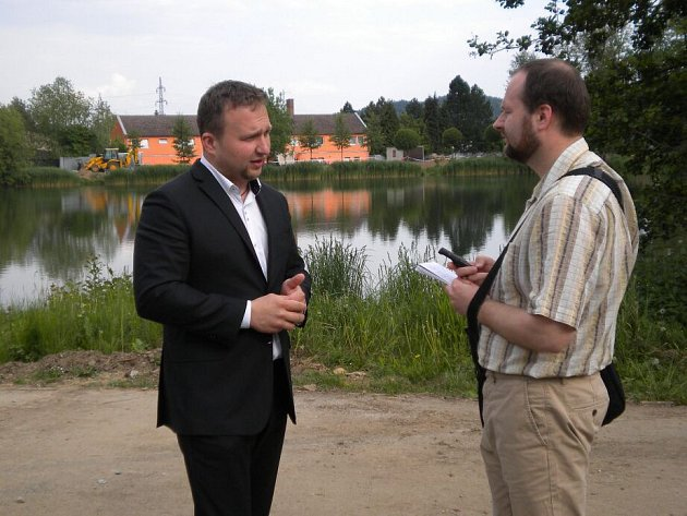 Ministr Marian Jurečka urybníku Benátky vŠumperku.