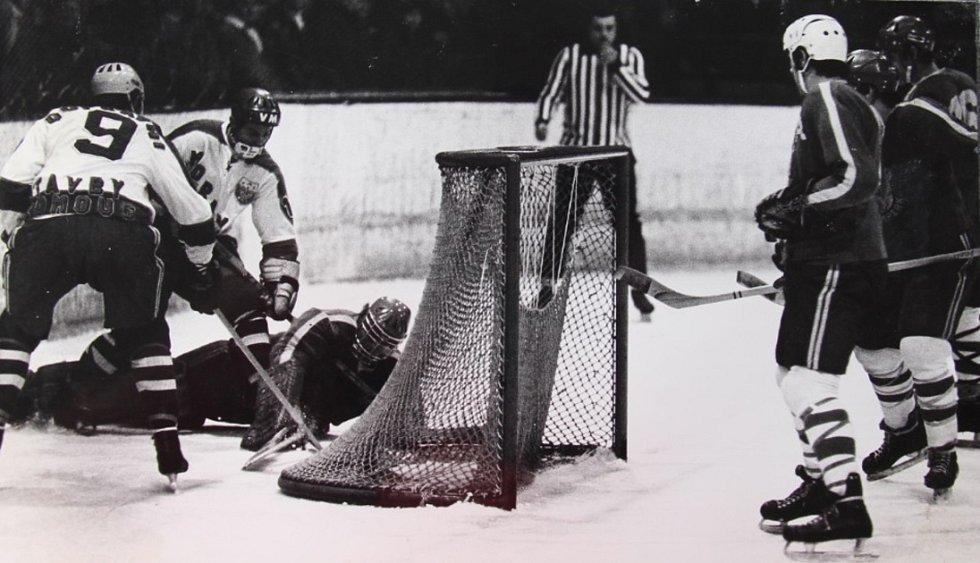 Šumperští proti Olomouci na domácí půdě v prosinci 1972, výsledek 0:3.