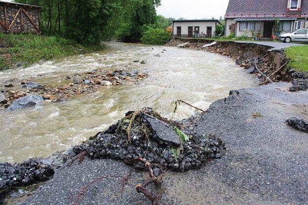 Velká voda na Jesenicku, čtvrtek 29. května.