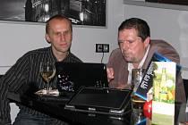 Kandidáti šumperského hnutí ANO čekají na výsledky.