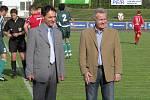 Na snímku zábřežský starosta Zdeněk Kolář (vlevo) a hejman Olomouckého kraje Ivan Kosatík, oba sledovali utkání Zábřehu s Hlučínem.