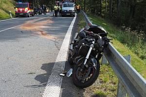 Nehoda motorkáře mezi Kouty nad Desnou a Červenohorským sedlem, 13. září 2020